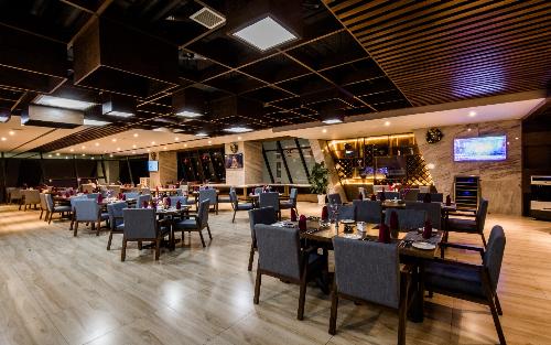 Đêm tiệc Giáng sinh ấm áp tại khách sạn Boton Blue - ảnh 4