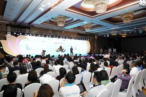 Khoảng 500 khách đã tham dự diễn đàn du lịch chiều 5/12. Ảnh: Ngọc Thành.
