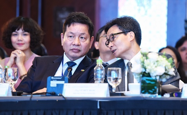 Tổng giám đốc Air Asia bán vé xem chung kết AFF Cup ở Diễn đàn Du lịch - ảnh 8