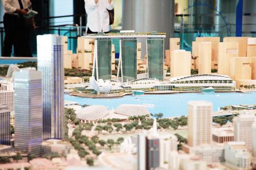 Ngoài quảng bá, thu hút thêm du khách, du lịch Việt Nam cũng cần có quy hoạch lâu dài, vịnh Marina của Singapore là ví dụ điển hình.