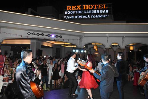 Tiệc Giao thừa trên tầng thượng khách sạn gần 100 năm ở Sài Gòn - ảnh 2