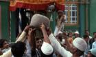 Bí ẩn về hòn đá 90 kg 'biết bay' ở Ấn Độ