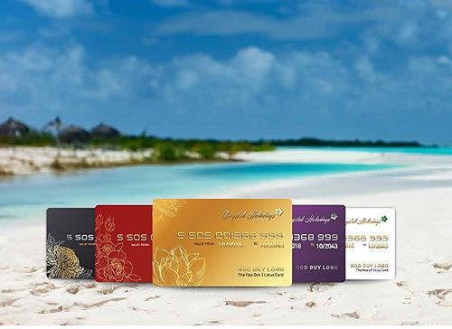 Thẻ du lịch Crystal Holidays, sản phẩm của Tập đoàn Crystal Bay đang tạo ra sức hút mạnh mẽ tại thị trường dịch vụ du lịch, nghỉ dưỡng Việt Nam. Sản phẩm nghỉ dưỡng này mang lại cho chủ sở hữu quyền nghỉ dưỡng tại bất cứ resort nào tại 1.000 khách sạn, resort trong nước và 100.000 khách sạn, resort trên toàn thế giới với chi phí tiết kiệm.
