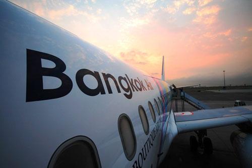 Đường bay thằng Bangkok - Cam Ranh sẽ đóng vai trò quan trọng trong việc thúc đẩy phát triển du lịch, kinh tế của Việt Nam và Thái Lan.