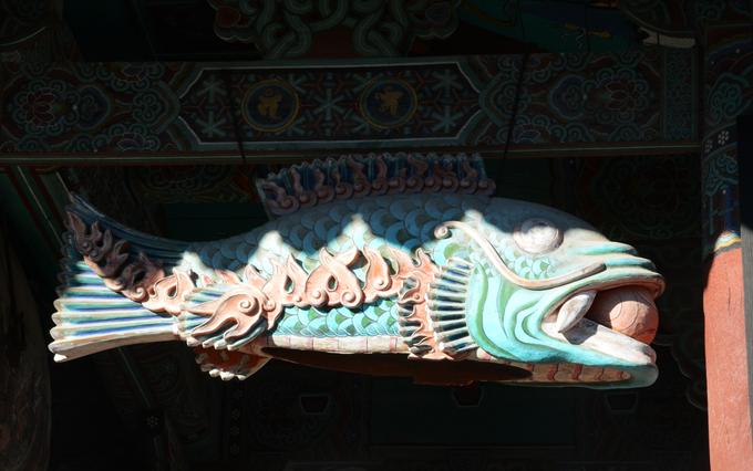Ngôi chùa có ngọn nến 1.300 năm không tắt ở Hàn Quốc