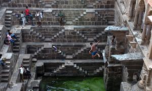 Giếng khổng lồ từng là dinh thự của vua chúa Ấn Độ