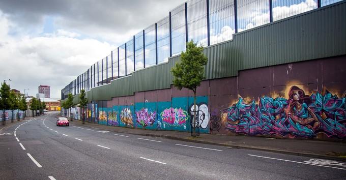 Những bức tường ngăn cách biên giới trên khắp hành tinh