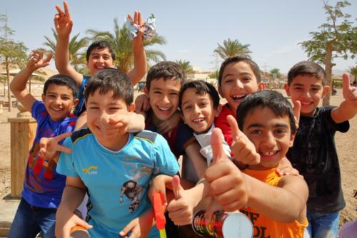 Người Jordan thường có một phong tục mà khách nước ngoài thường khó hiểu. Đó là việc họ gọi con cái mình là Bố, Mẹ. Ảnh: Culture Trip.