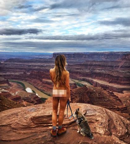 Megan leo núi trong vườn quốc gia Dead Horse Point, bang Utah, Mỹ.  Ảnh: Instagram/@holdon2yerbutts.