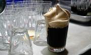 Quán cà phê bọt độc đáo hơn 2 thập kỷ ở Nghệ An