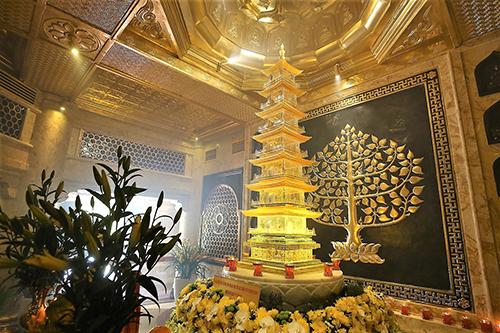 Chiêm bái xá lợi Phật trong lòng Đại Tượng Phật cao nhất Việt Nam - 3