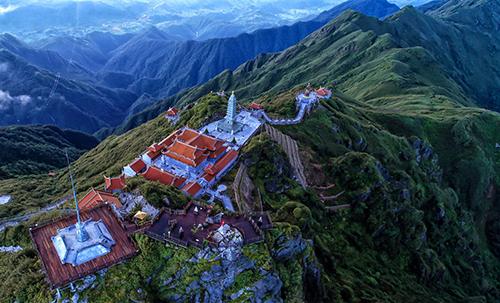 Chiêm bái xá lợi Phật trong lòng Đại Tượng Phật cao nhất Việt Nam - 6