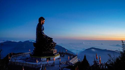Chiêm bái xá lợi Phật trong lòng Đại Tượng Phật cao nhất Việt Nam - 9