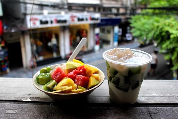 Lịch mở cửa 8 quán ăn vặt nức tiếng ở Hà Nội sau Tết