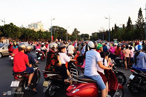 Bãi Trước, thành phố biển Vũng Tàu chiều mùng 2 Tết. Ảnh: Tâm Linh.