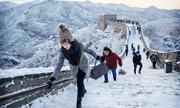 Vạn Lý Trường Thành biến thành 'cầu trượt' vào mùa đông