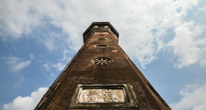 Cột cờ hơn 200 tuổi còn nguyên vẹn của Hà Nội