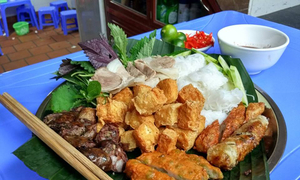 Người Hà Nội gợi ý Trump-Kim nên thử bún đậu mắm tôm