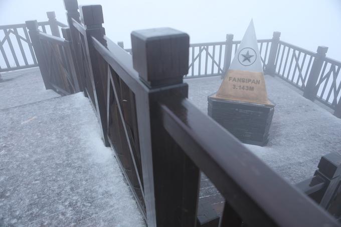 Khoảnh khắc thiên nhiên thú vị trên đỉnh Fansipan