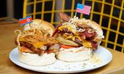 Burger 'Trump - Kim' giá từ 150.000 đồng trong phố cổ Hà Nội
