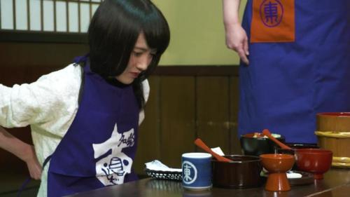Nhân viên Azumaya tiết lộ kỷ lục của khách tới đây là 570 bát trong một bữa. Ảnh: Karla Cripps/CNN.