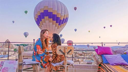 MC Diệp Chi sẽ chia sẻ kinh nghiệm khi đi du lịch cùng con nhỏ trong sự kiện du lịch vào tháng 3.