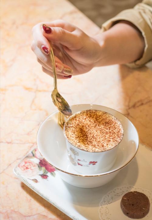Gợi ý những địa điểm thưởng thức cà phê trứng - 3