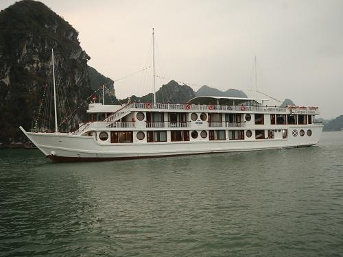Du thuyền Oriental Sails ưu đãi trong tháng 3 - 2