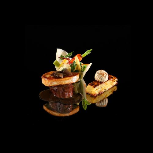 Món ăn được sáng tạo bởi Alain Dutournier.