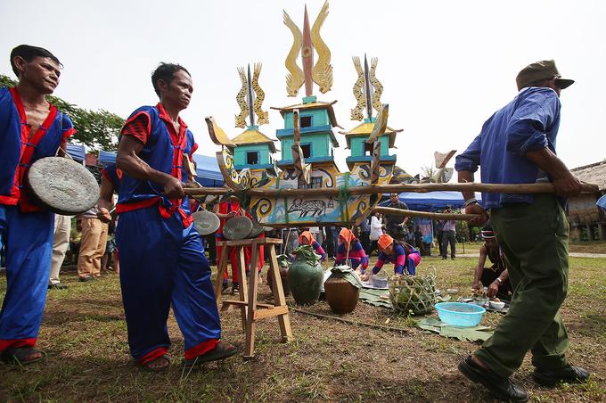 Nghi lễ chia tay người đã khuất ở Ninh Thuận