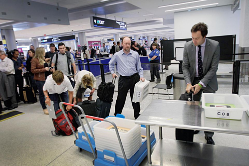 Lời thú nhận gây sốc của nhân viên an ninh sân bay - ảnh 2