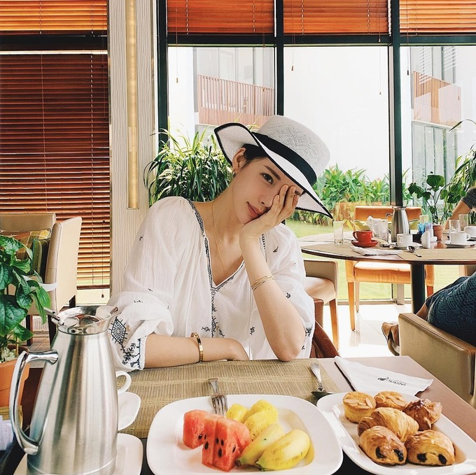 Bản sao của Kim Tae Hee nghỉ dưỡng ở Hội An