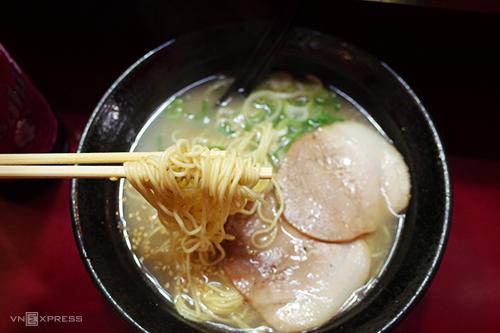 VnExpress-Fukuoka-NhatBan-Mira-9861-5502