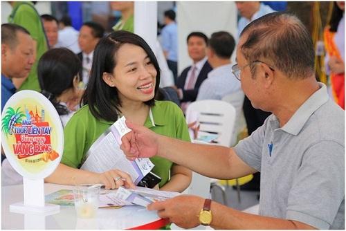 Bên cạnh các ưu đãi về giá tour, du khách còn có cơ hội nhận nhiều phần quà thiết thực.