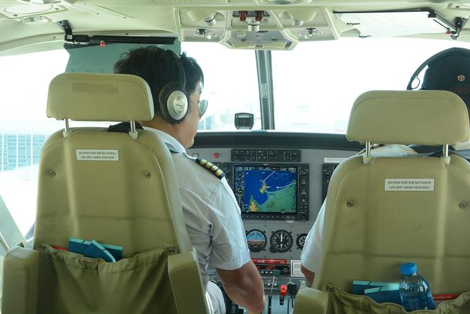 30 phút bay phi cơ ngắm toàn cảnh thành phố Đà Nẵng