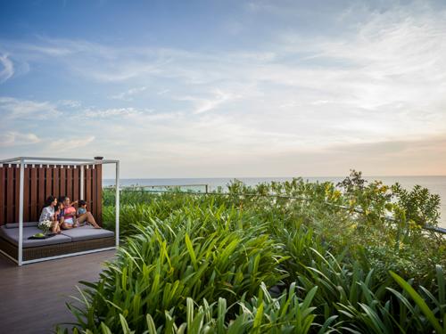 Cảnh quan thanh bình với thiên nhiên hài hòa bao quanh từng phòng nghỉ.