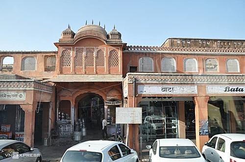 Jaipur – Thành phố hồng xinh đẹp của Ấn Độ, là một trong những địa điểm được nhắc đến trong lá thư khủng bố. Ảnh: Minh An.