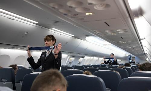 Hành khách bị đuổi khỏi máy bay vì thái độ thách thức tiếp viên