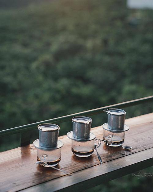 5 quán cà phê cho khách ngồi giữa núi rừng Đà Lạt