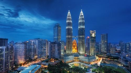 Tháp đôi Petronascao nhất thế giới ở thủ đô Kuala Lumpur, Malaysia. Ảnh: Luxury Life.
