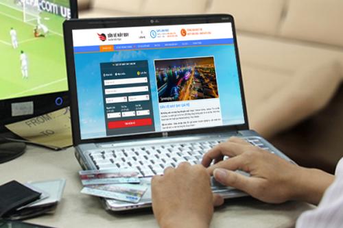 Ngoài mua vé máy bay ở các đại lý, phòng bán vé, bạn có thể đặt vé online trên các trang website của nhiều hãng hàng không.