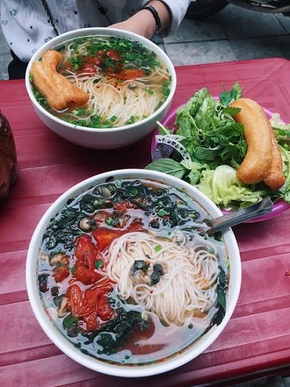 Những quán ăn ngon trên đường từ Hà Nội đi Cát Bà - ảnh 1