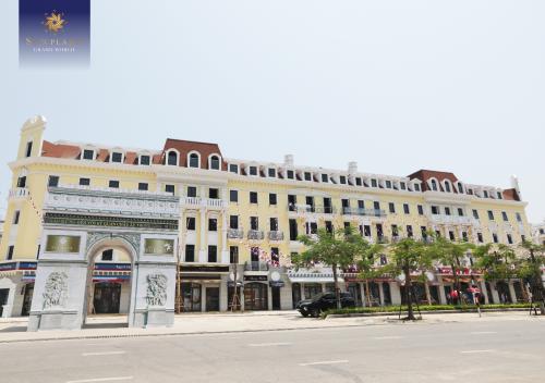 Trong đó, đáng chú ý có Sun Plaza Grand World - Shophouse Europe với tiểu khu Élyseé -