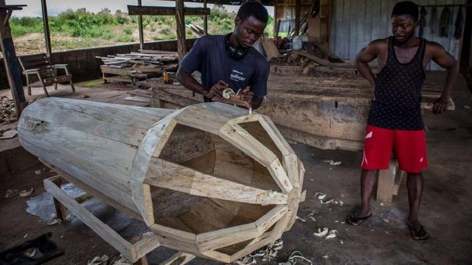 Tục mai táng dùng quan tài trị giá tới 1.000 USD ở Ghana