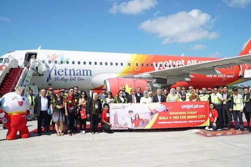 Chuyến bay đầu tiên của Vietjet với hành trình thẳng từ TP HCM đến Bali.