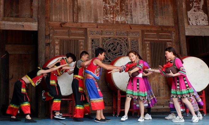 Cổ trấn hơn 2.000 tuổi của dân tộc Thổ Gia ở Trung Quốc