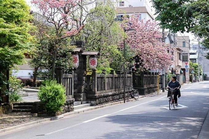 Khu phố cổ giữa thời hiện đại ở thủ đô Nhật Bản