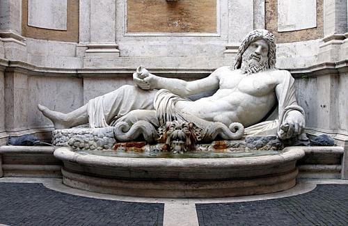 Những bức tượng biết nói chuyện ở Rome