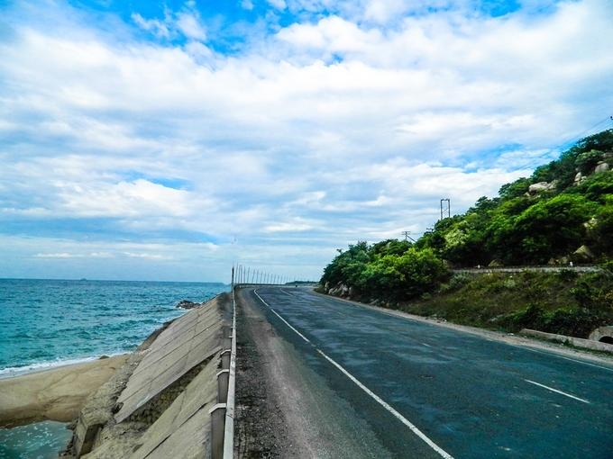 Những cung đường ven biển đẹp nhất Việt Nam