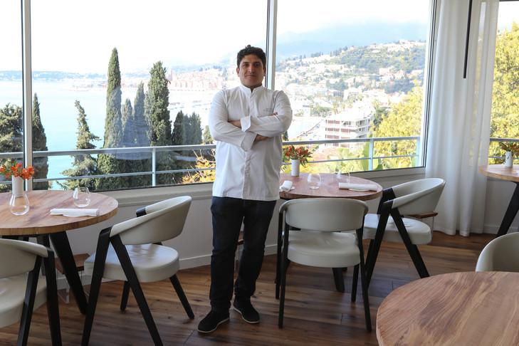 Bếp trưởng của nhà hàng Mirazur. Ảnh: AFP.